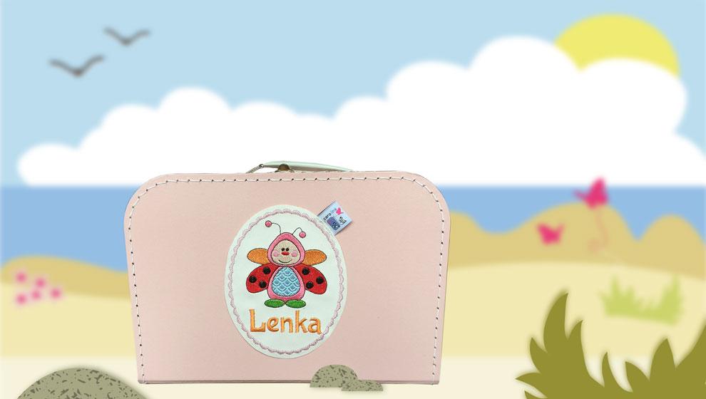 Roze Koffertje met Naam en Geborduurd Lieveheersbeestje